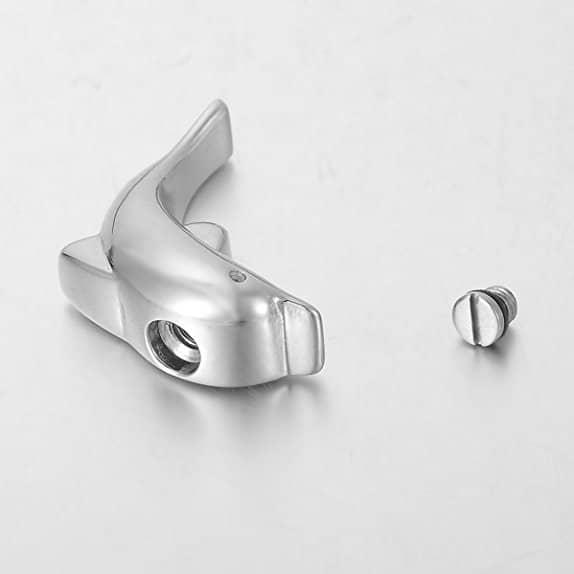 Colgante para cenizas con forma de delfín