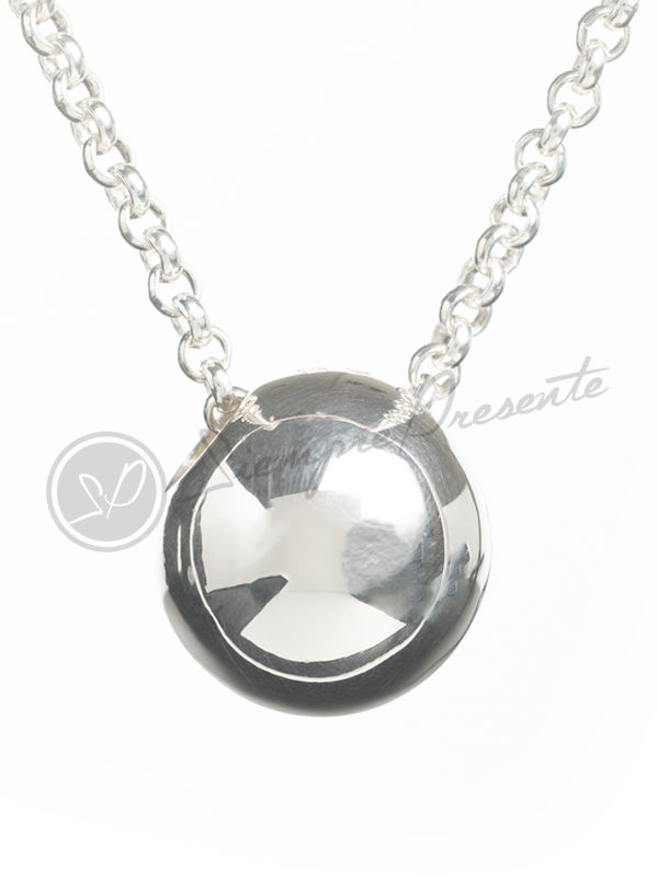 colgante-para-cenizas-esfera-plata-cadena